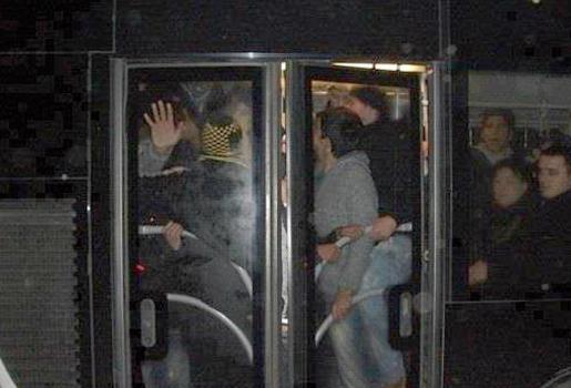 Metrobüs sıkışık