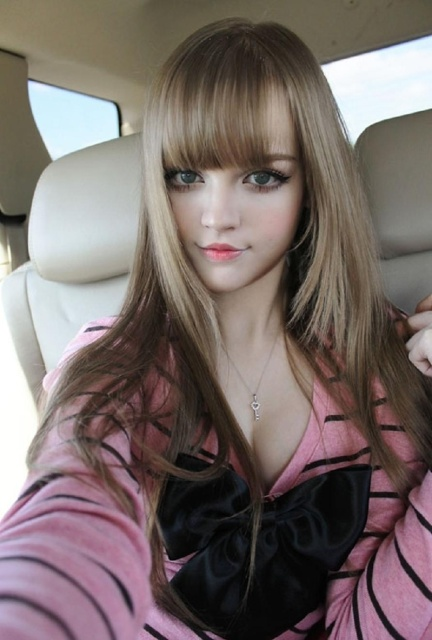 Dakoda Rose Barbie Bebek