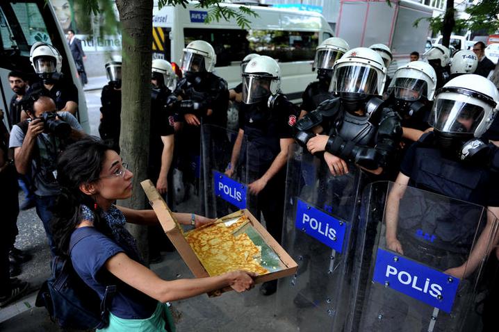 polise-borek-uzatmak