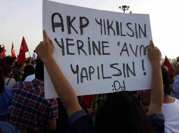 AKP yıkılsın yerine Avm yapılsın