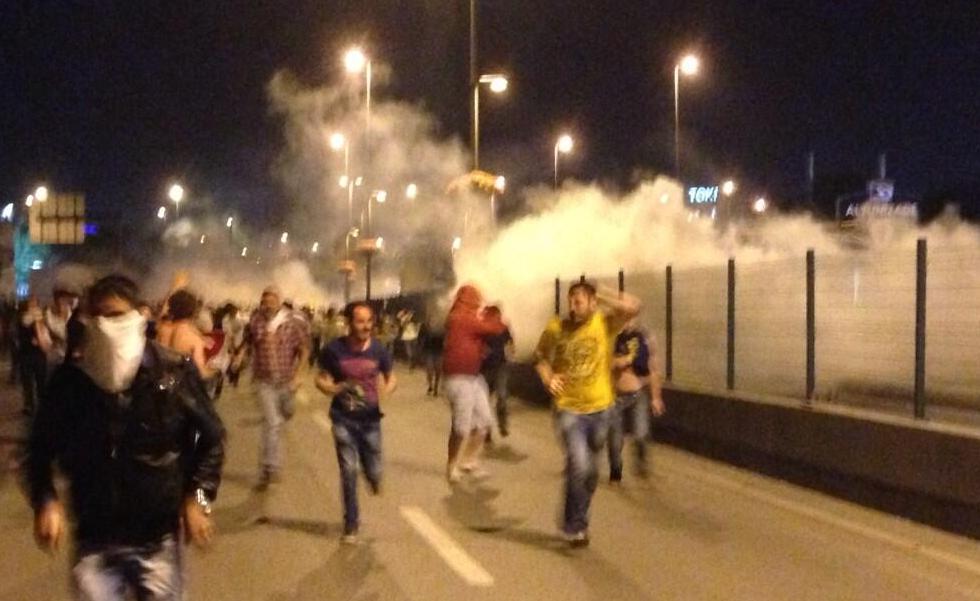 altunizade-protesto-biber-gazi