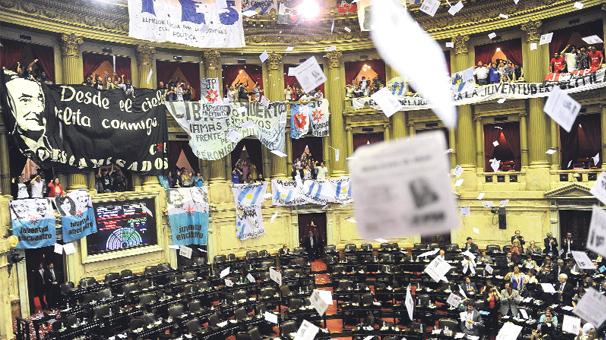 arjantin-parlamentosu-ulkelere-gore-secim-barajlari