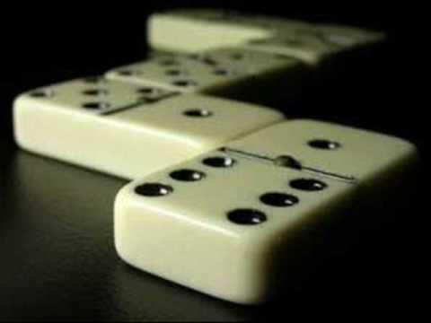 domino-fali