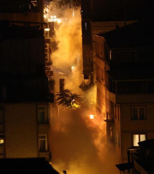 harbiye-gaz-bombasi-bulutu-gezi-parki-protesto