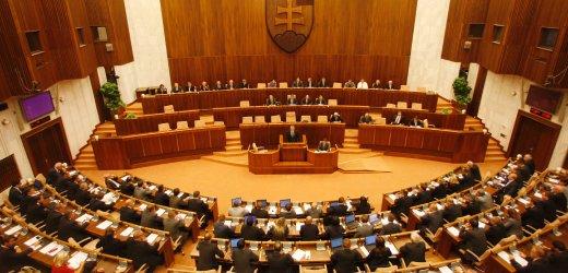 slovakya-parlamentosu-slovakia