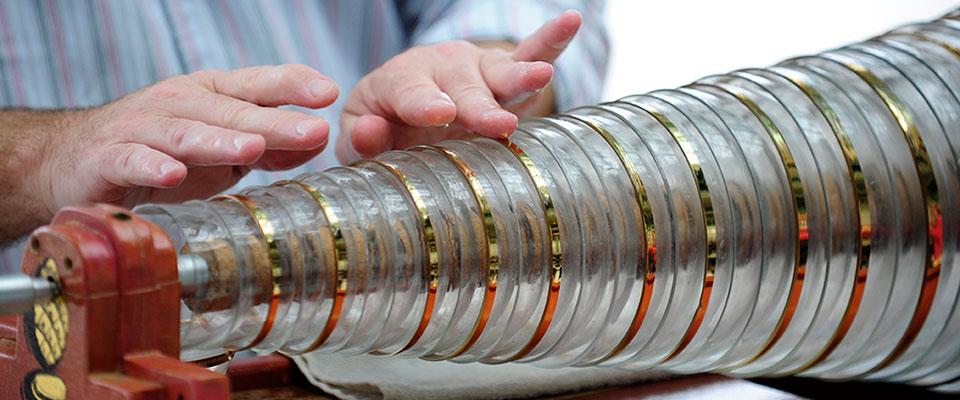 1-glass-harmonica-cam-armonika-yasaklanan-entrüman
