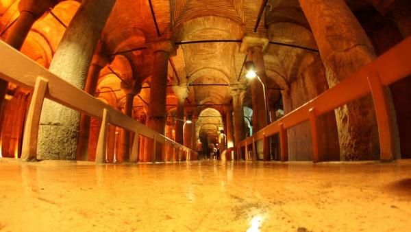 3-yerebatan-sarnici-basilica-cistern-bazilika