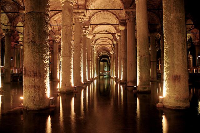4-yerebatan-sarnici-basilica-cistern-bazilika