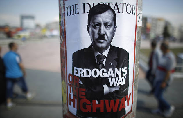 dictator-erdogan-hitler