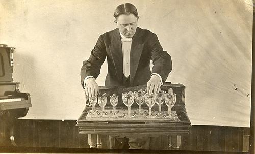 glass-harmonica-cam-armonika-edmund-delaval