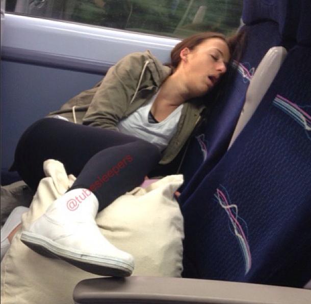 metroda uyuyanlar (18)