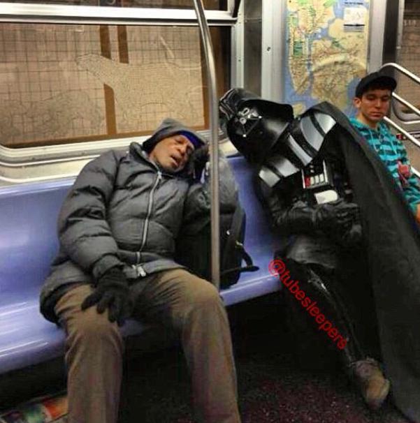 metroda uyuyanlar (6)