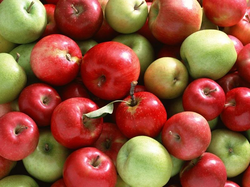 sahurda-yenmesi-gereken-besinler-elma