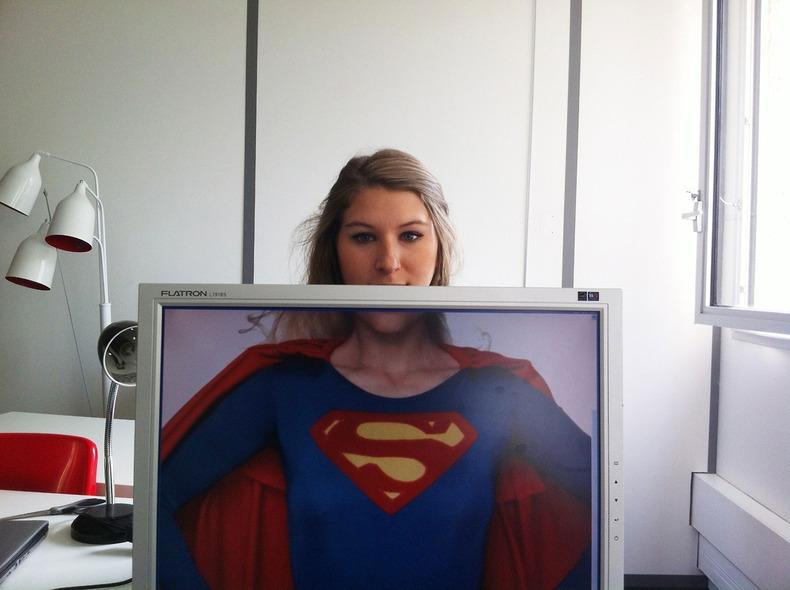 superhero-desk-safari