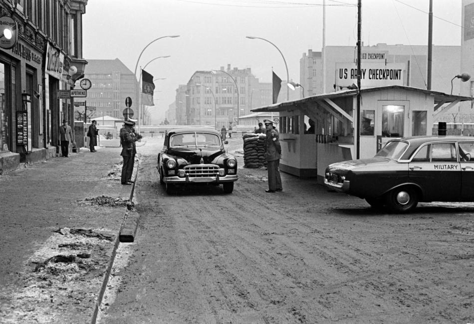 COLD WAR 1964