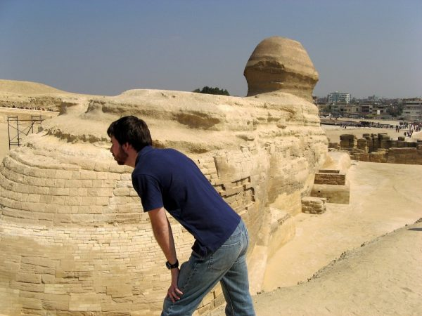 Kissing-Sphinx-Butt