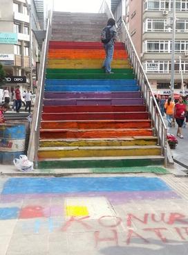 ankara-konur-renkli-merdiven