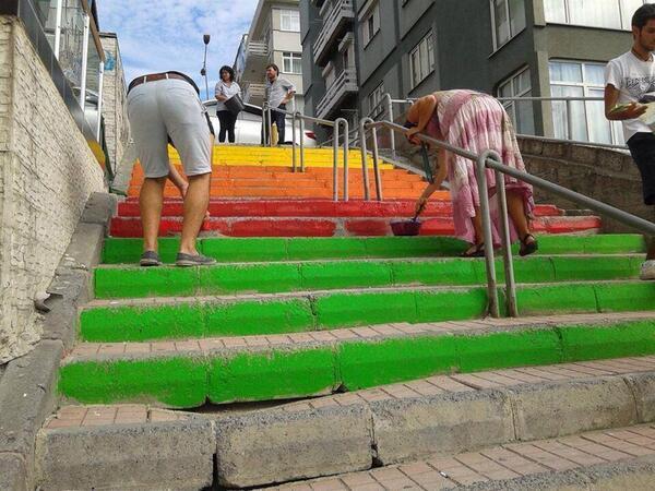 bakirkoy-diren-renkli-merdiven
