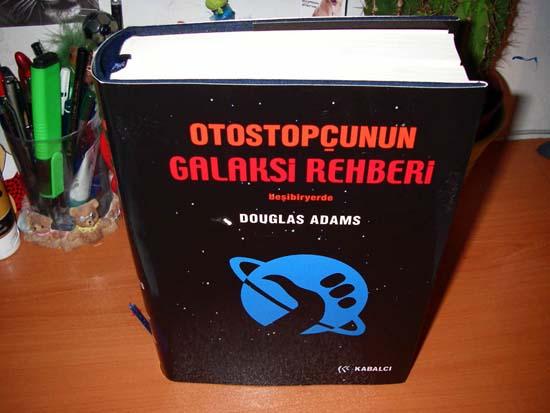 bir-otostopcunun-galaksi-rehberi