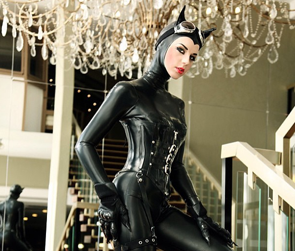 catwoman-cosplay-photo