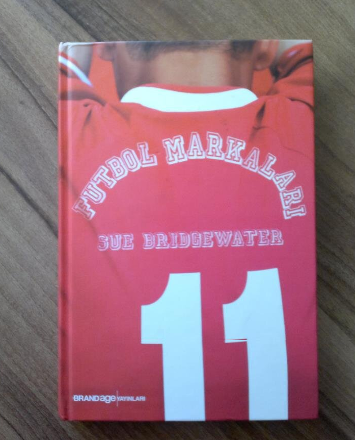 futbol-markalari-kitabi-futbol-kutuphanesi