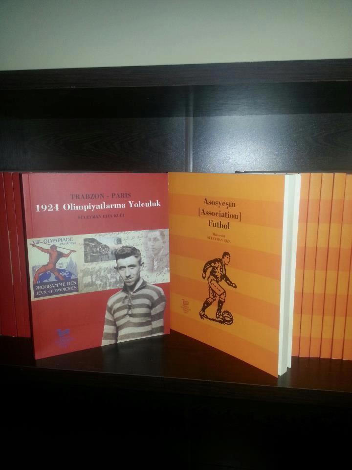 ilk-kitaplar-trabzon-futbol-kutuphanesi