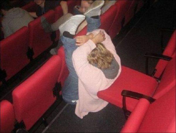 sinemada-uyuyan-kiz