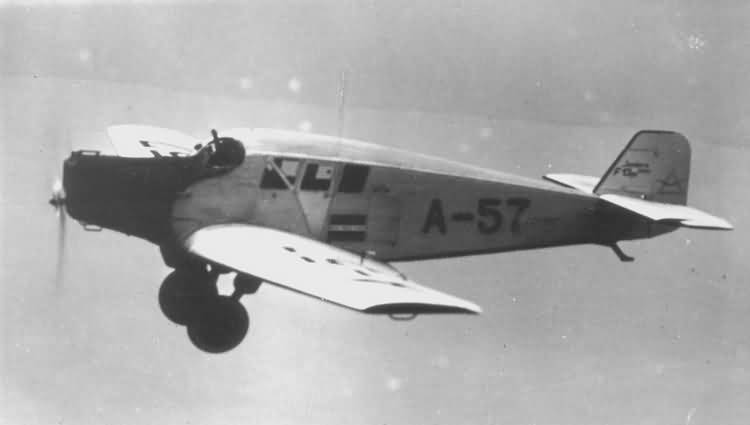 32-junkers-f-13