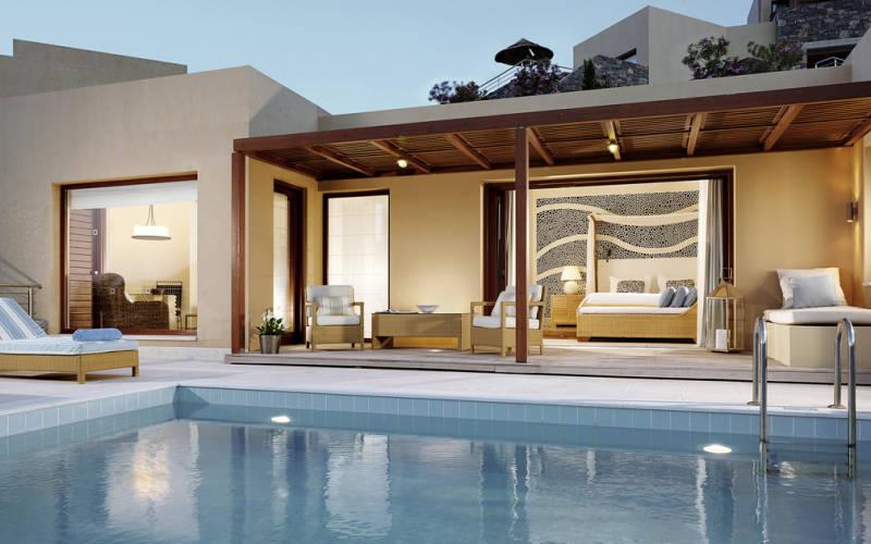 Blue Palace-hotel-en-iyi-balayi-otelleri