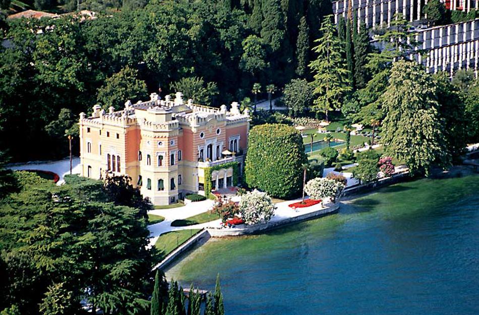 Grand-Hotel-a-Villa-Feltrinelli-en-iyi-balayi-otelleri