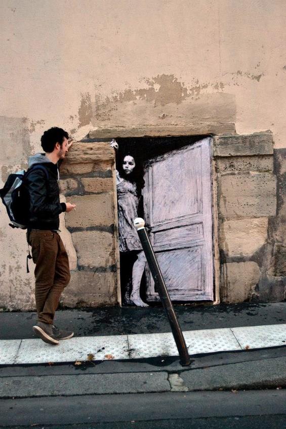 Levalet-street-art1