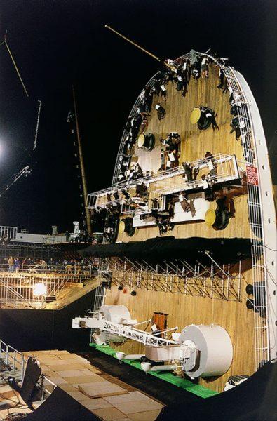 Titanic-kamera-arkasi-fotograflari