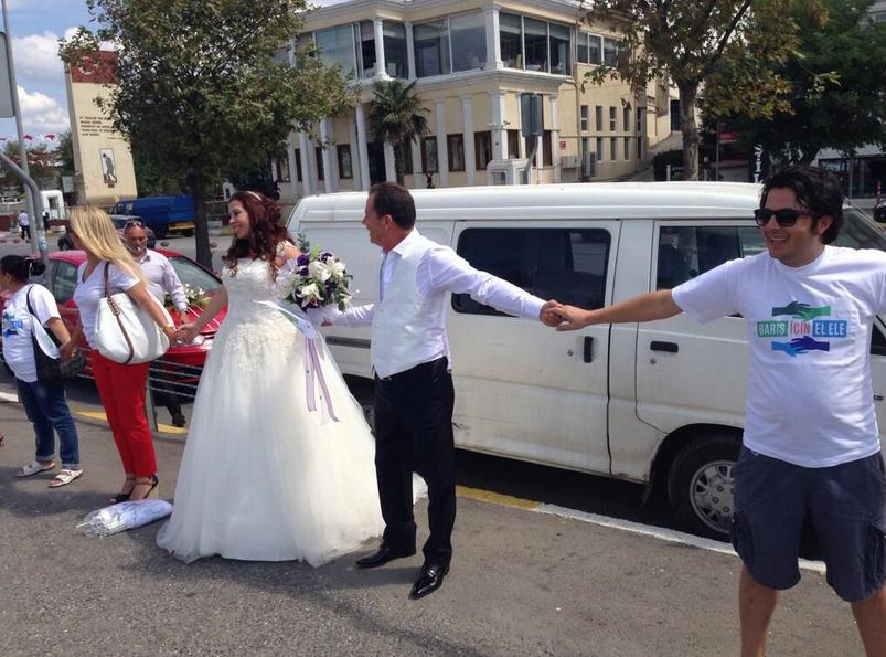 baris-icin-elele-uskudar-evlendirme-dairesi