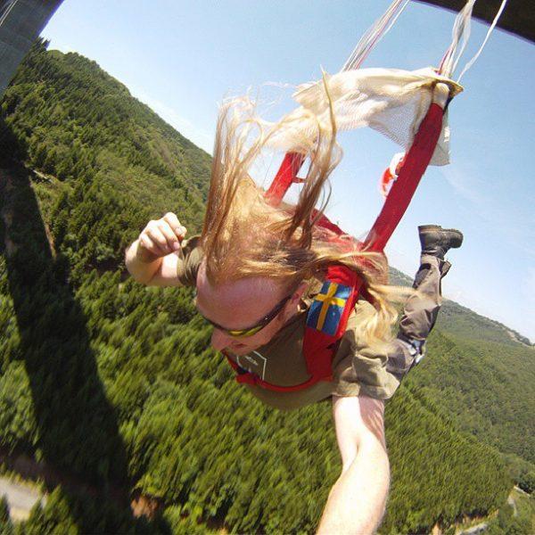 kendi-fotografini-cekmek-bungee-jumping