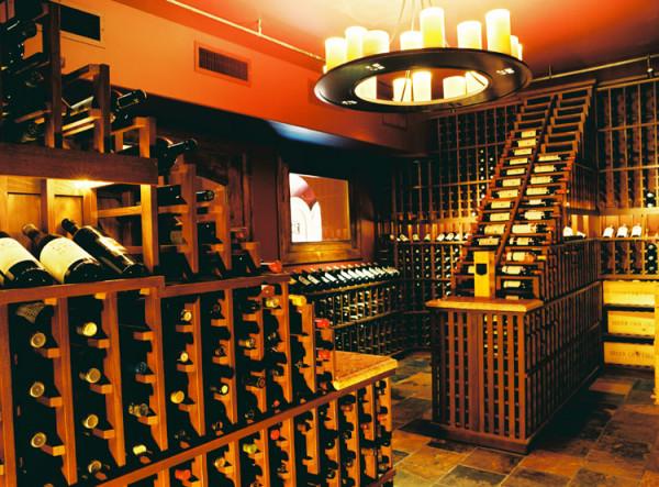 özel yapım şarap mahzenleri