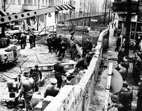 berlin-duvari-insaasi-1961