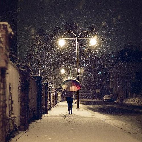 gece-fotografi-semsiye-ve-kar