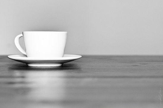 kahve-fincani-fotografi-minimalist