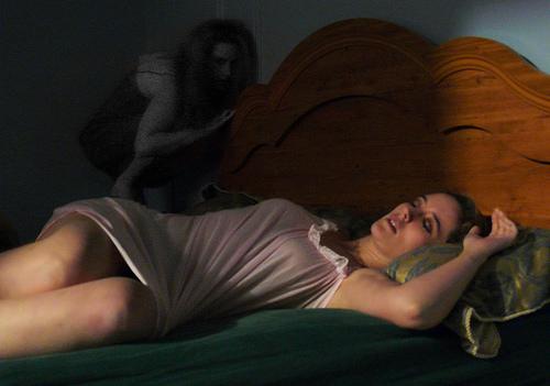 karabasan-nedir-uyuyan-kadin