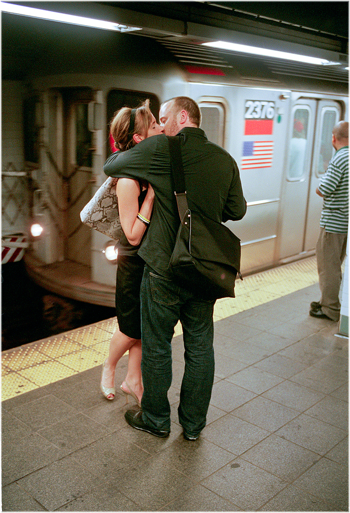 metroda-opusen-yeni-cift