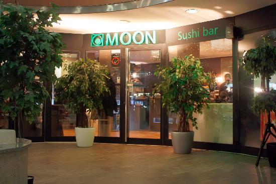 moon-sushi-bar-belgrad