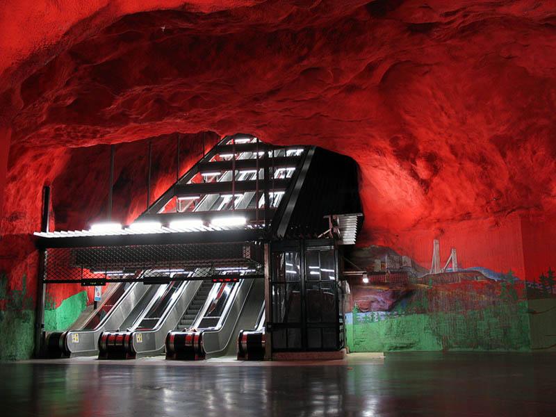 stockholm metro sanat galeri