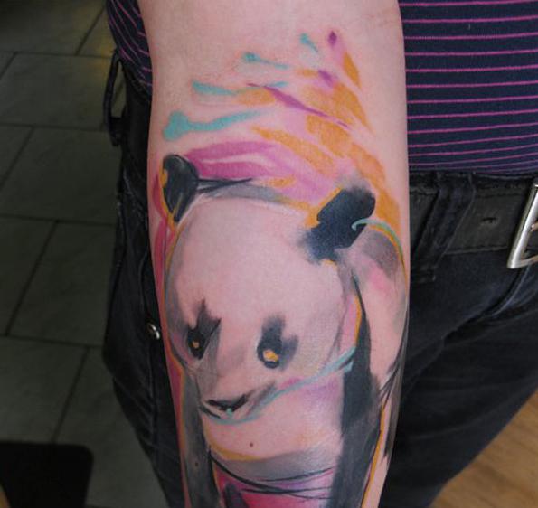 sulu-boya-panda-dovmesi