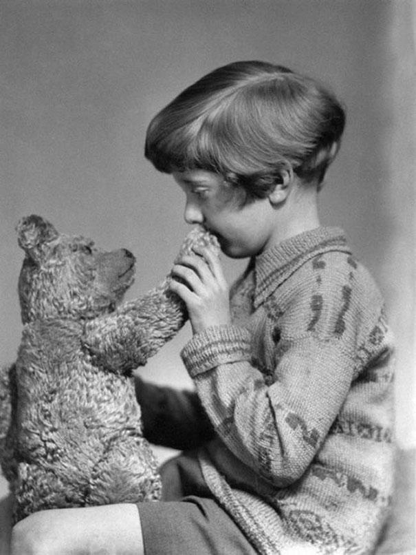 winne-the-pooh-ayi-ve-cocuk-1927
