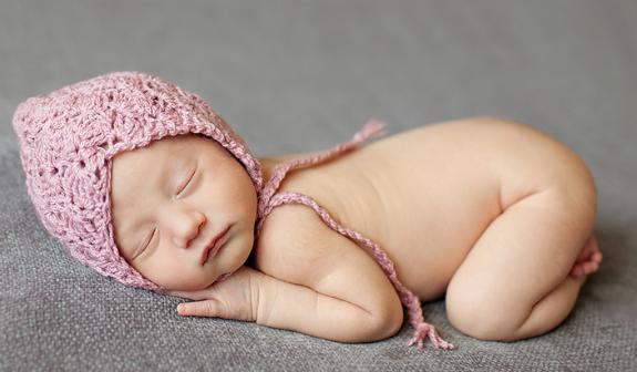 yeni-dogan-uykucu-bebek