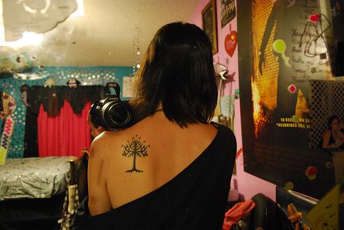 yuzuklerin-efendisi-dovmeleri-white-tree-2