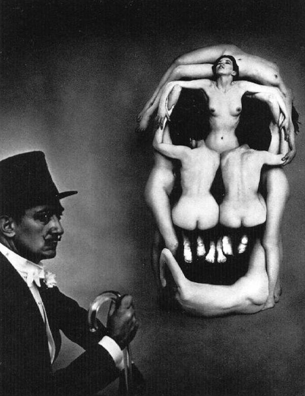 1999-Women forming a skull