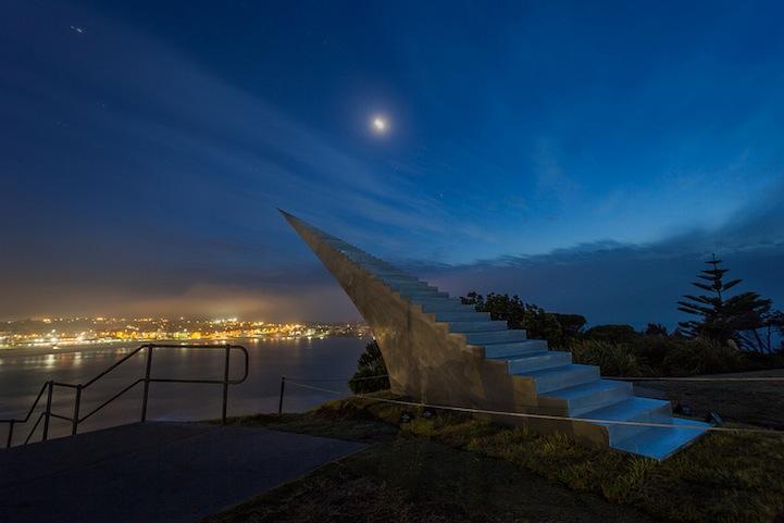 avustralya gökyüzüne uzanan merdiven