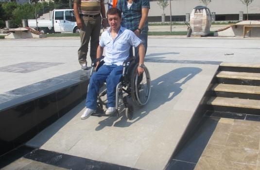 bakırkoy-belediyesi-engelli-merdiveni