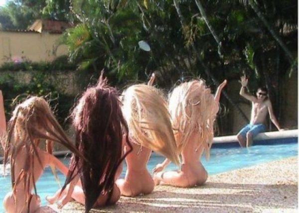 barbie-bebekler-havuz